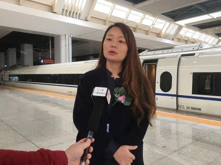 """""""文山三七""""号高铁今天首发,途经15个城市……"""