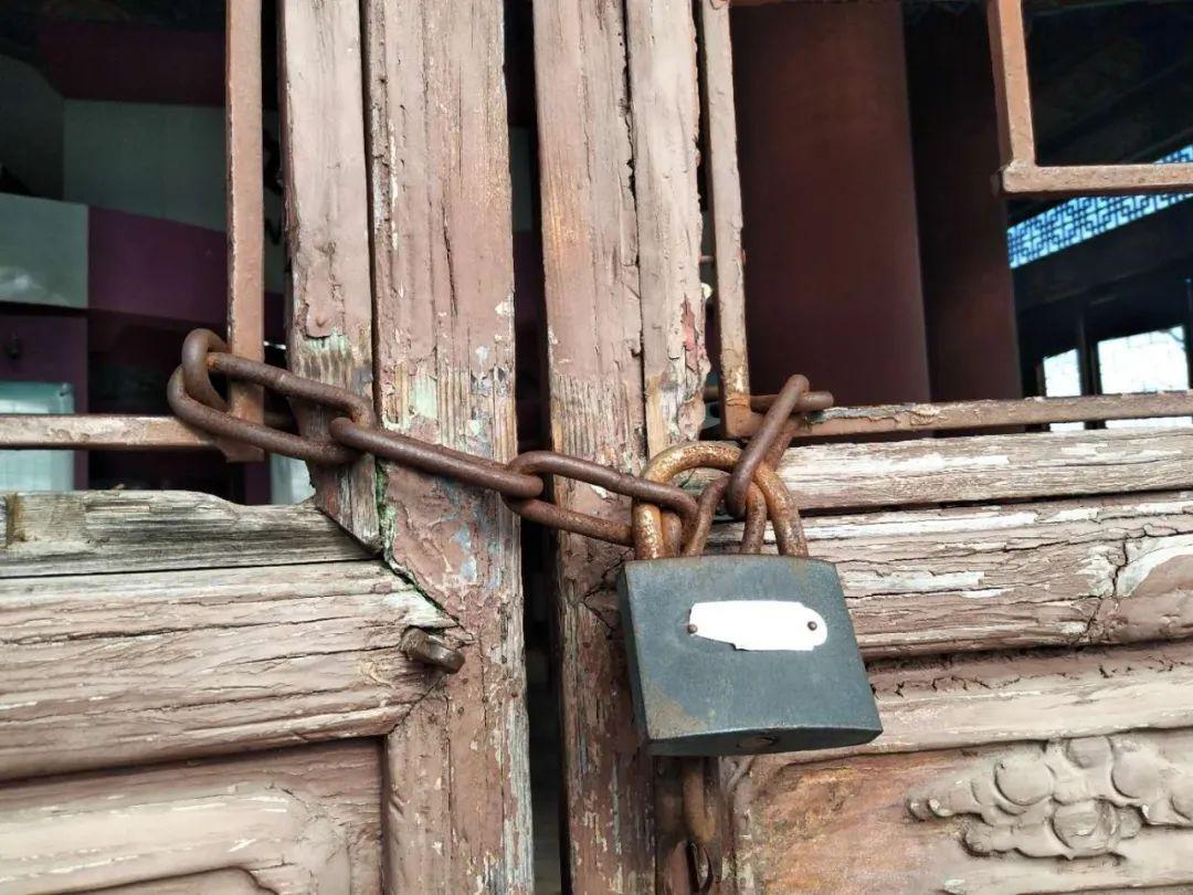 文笔塔大门为何紧锁?